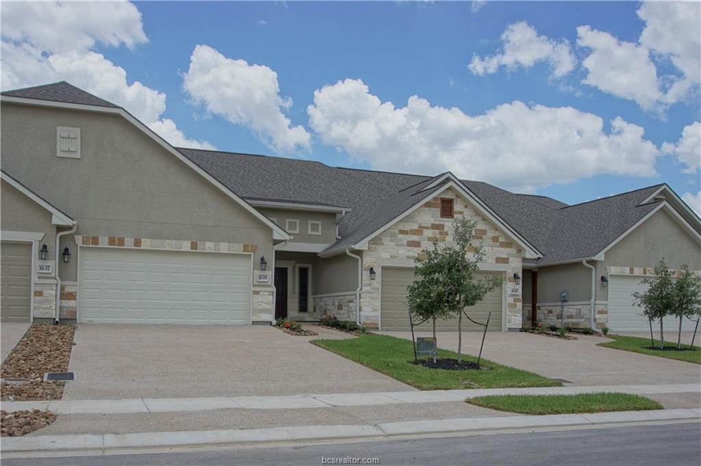 1639 Buena Vista, College Station, TX 77845