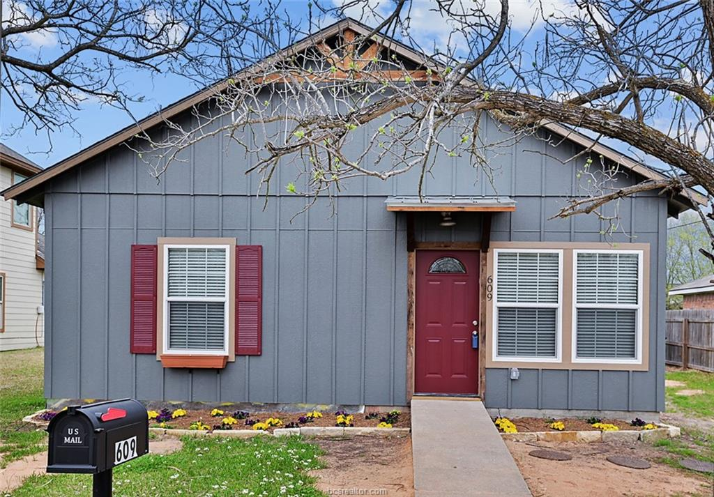 609 Preston Street, College Station, TX 77840