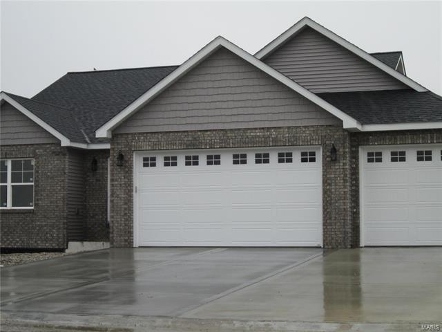 3 Bedroom, 3 Bathrooms, 1,527 sq. feet 233 Ranchero Drive Hamel, IL
