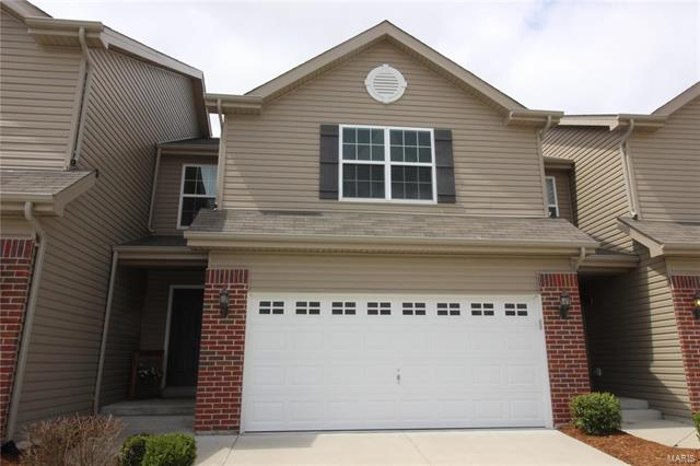 3 Bedroom, 3 Bathrooms, 1,344 sq. feet 859 Harbor Woods Drive Fairview Heights, IL