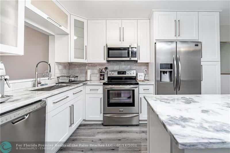 image #1 of property, 3341, Unit O301