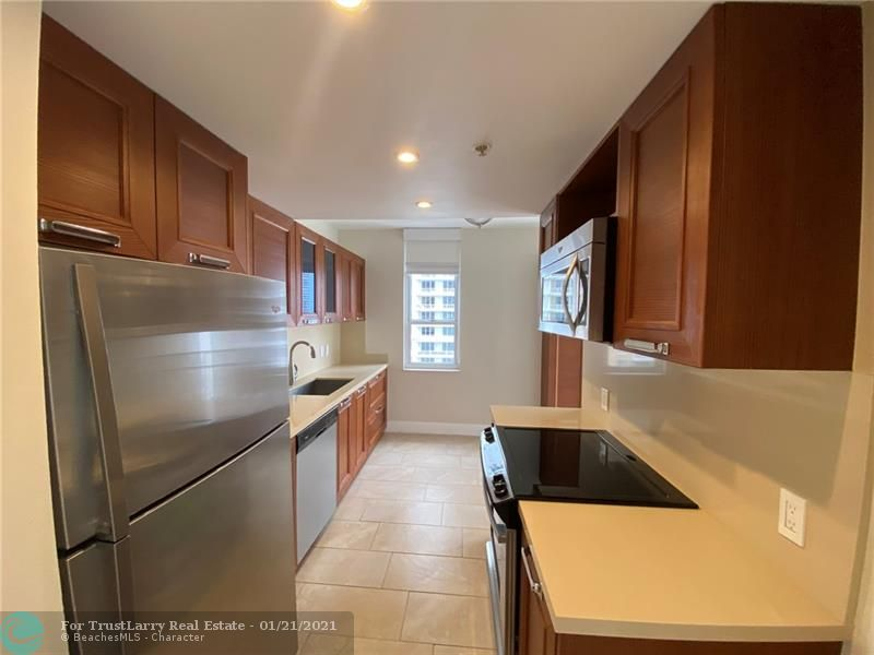 701 Brickell Key Blvd #1209