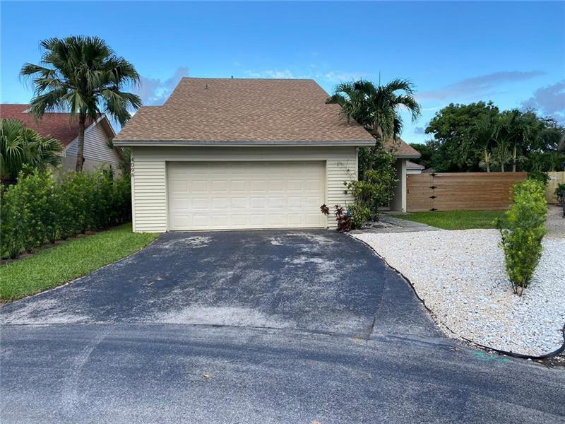 image #1 of property, 3880