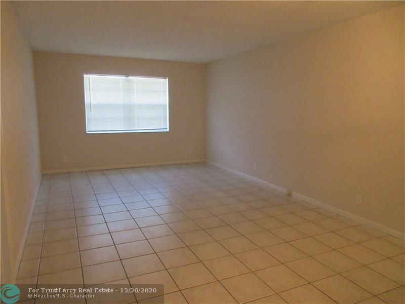 10751 Royal Palm Blvd - 33065 - FL - Coral Springs