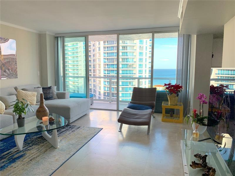 5900 Collins Ave #1406