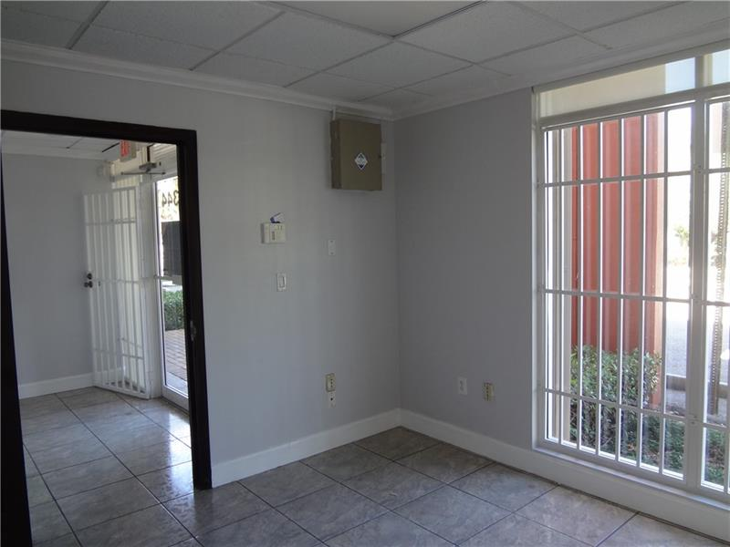 8344 NW 30th Ter - 11