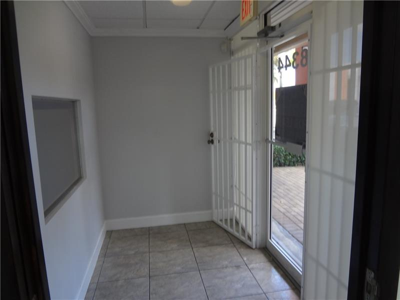 8344 NW 30th Ter - 2