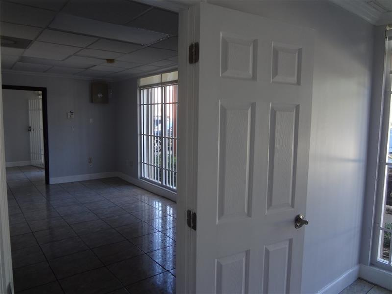 8344 NW 30th Ter - 6