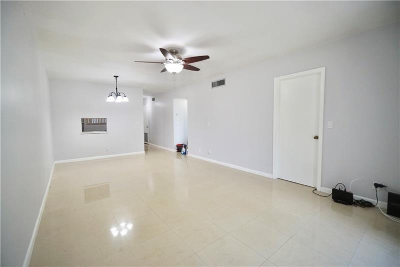 351 Cambridge Rd #301 - 33024 - FL - Hollywood