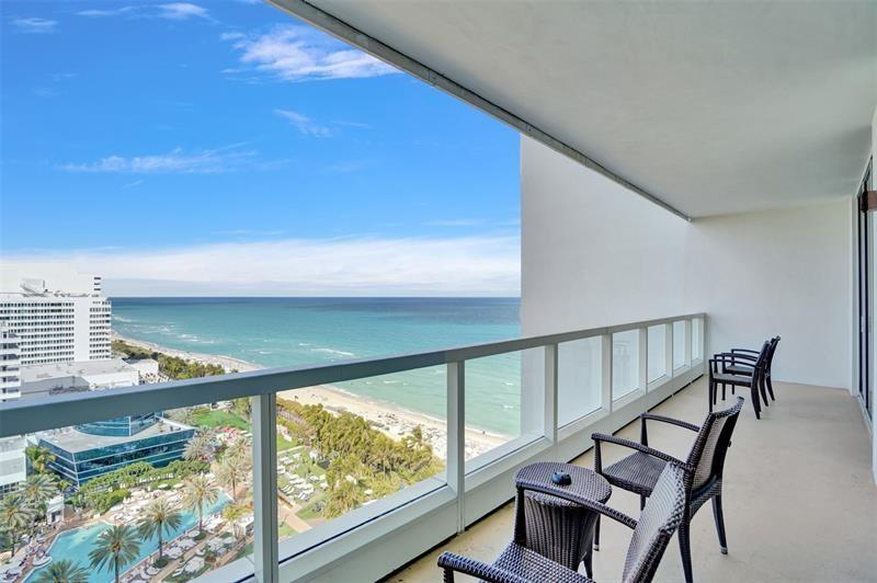 4391 Collins Ave #1706/1707