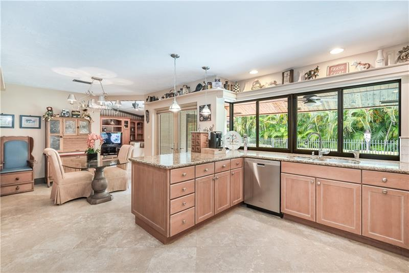 5244 NW 94th Doral Pl - 12