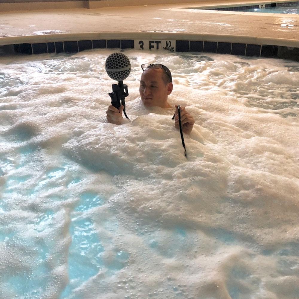 Large Hot Tub 2