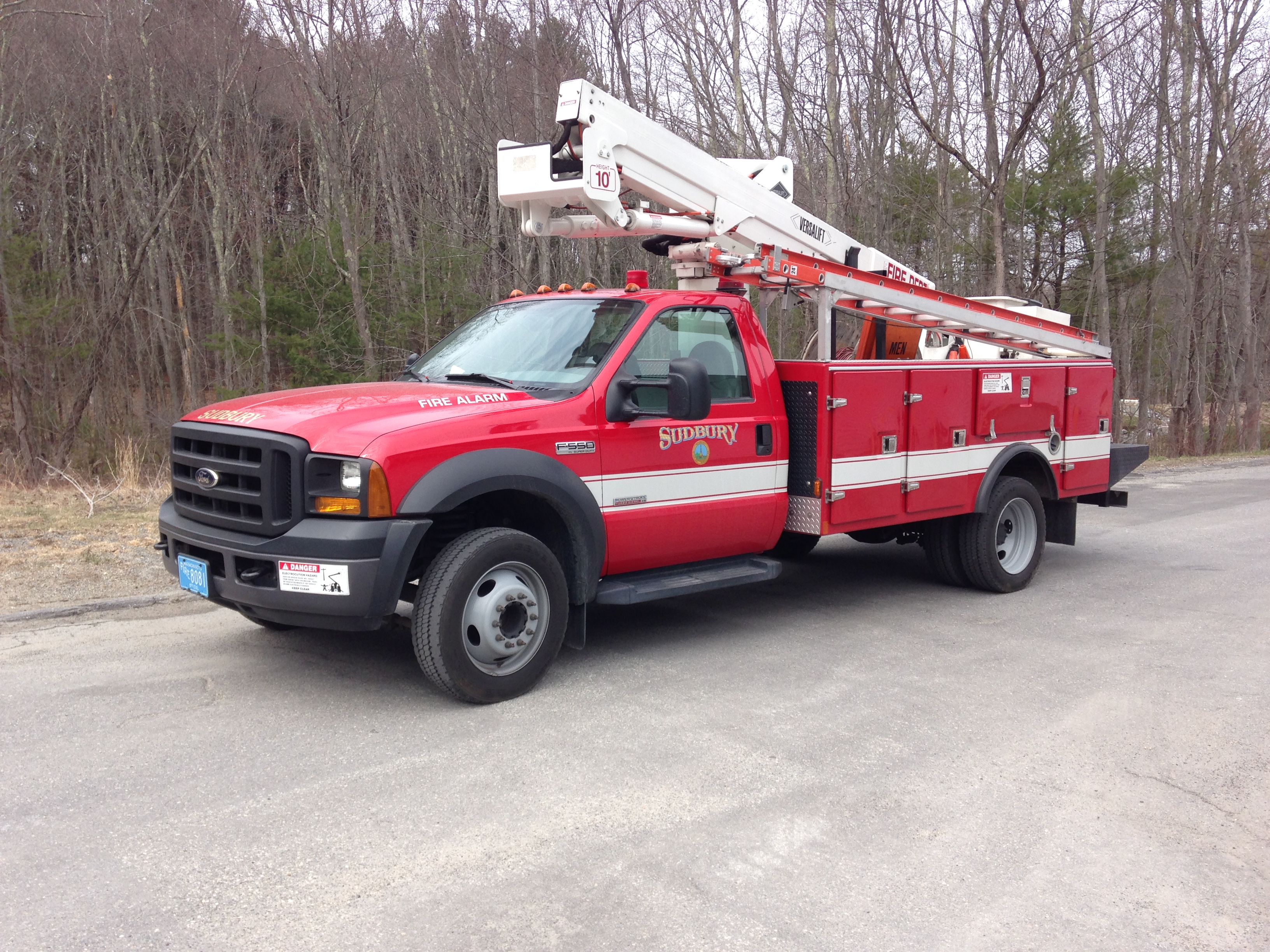2006 Ford Fire Alarm Truck