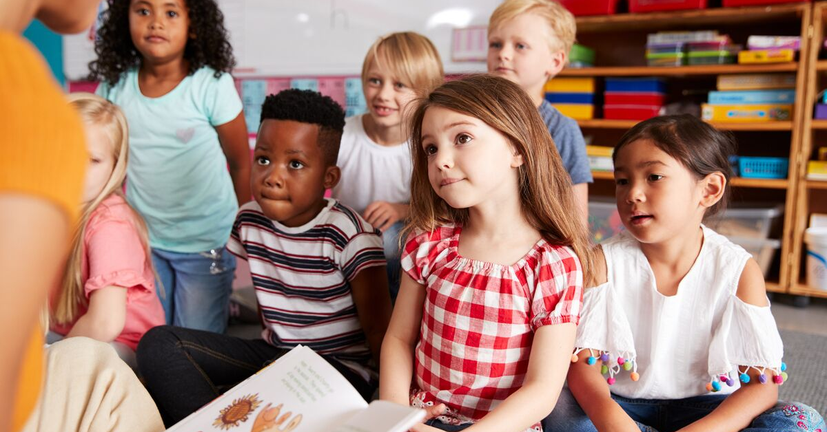 Reading Aloud to Students Makes Them Smarter