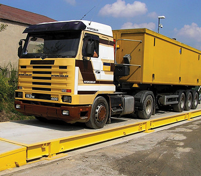 truck on weighbridge