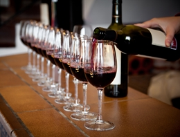 Wine Pouring2