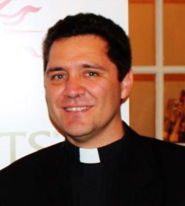 R.P. MIGUEL CRUZADO SILVERI S.J.