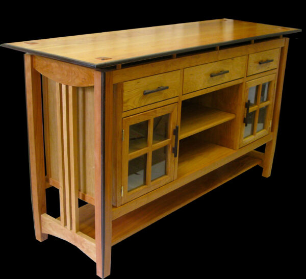 Sandpiper Custom Furniture - Courtenay artist