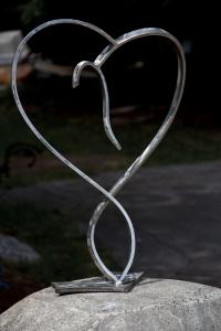 Czegledi-stainless_heart3