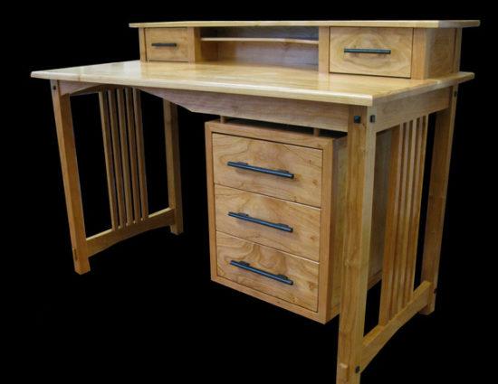 Sandpiper Whistler Desk