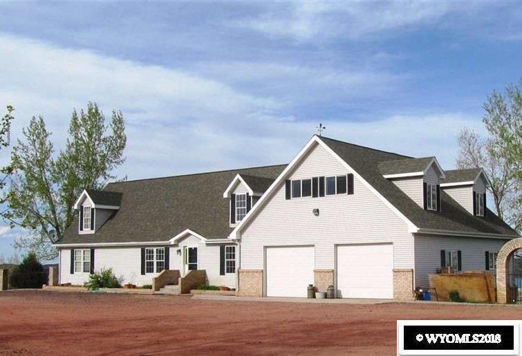 Lake Stop Resort - Main House/Possible Rental - Fr