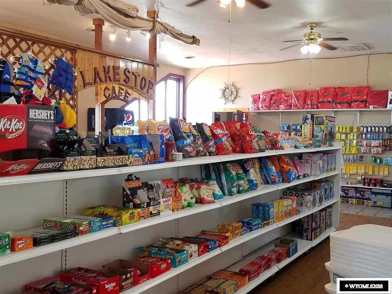 Lake Stop Resort - Convenience Store
