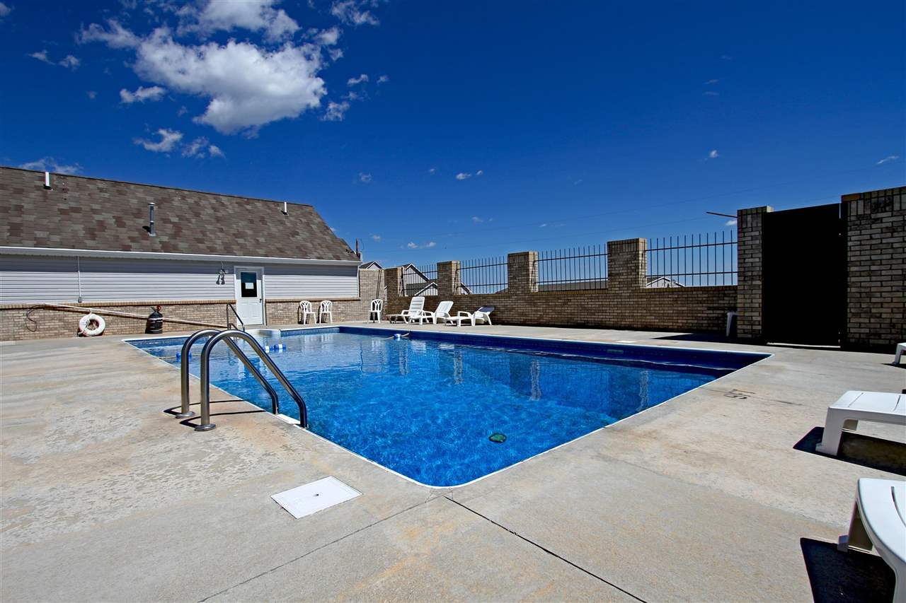 Resort Heated Pool & Relaxation Area (Fully Fenced