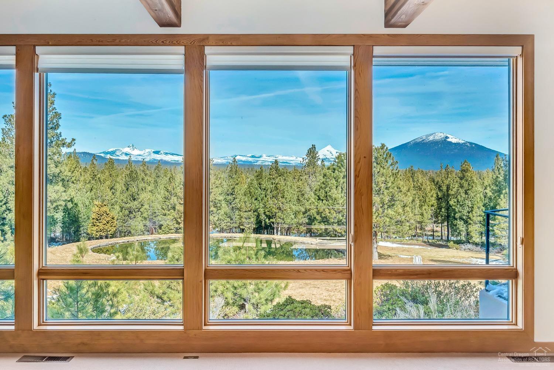 Breathtaking Cascade Mountain views, along with a