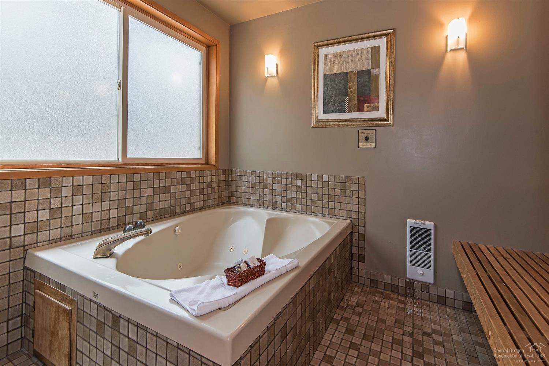 Main floor bathroom soaking tub
