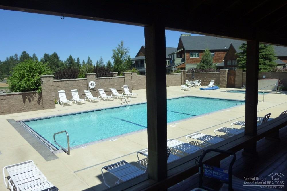 Pine Meadow Village owners beautiful pool and spa.