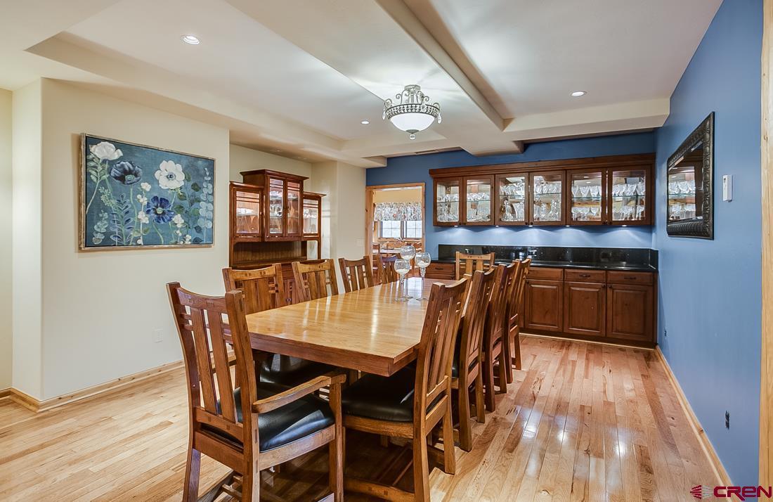 Master suite dining area.