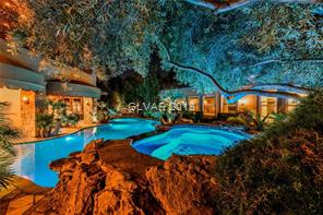 8101 OBANNON   Pool and spa