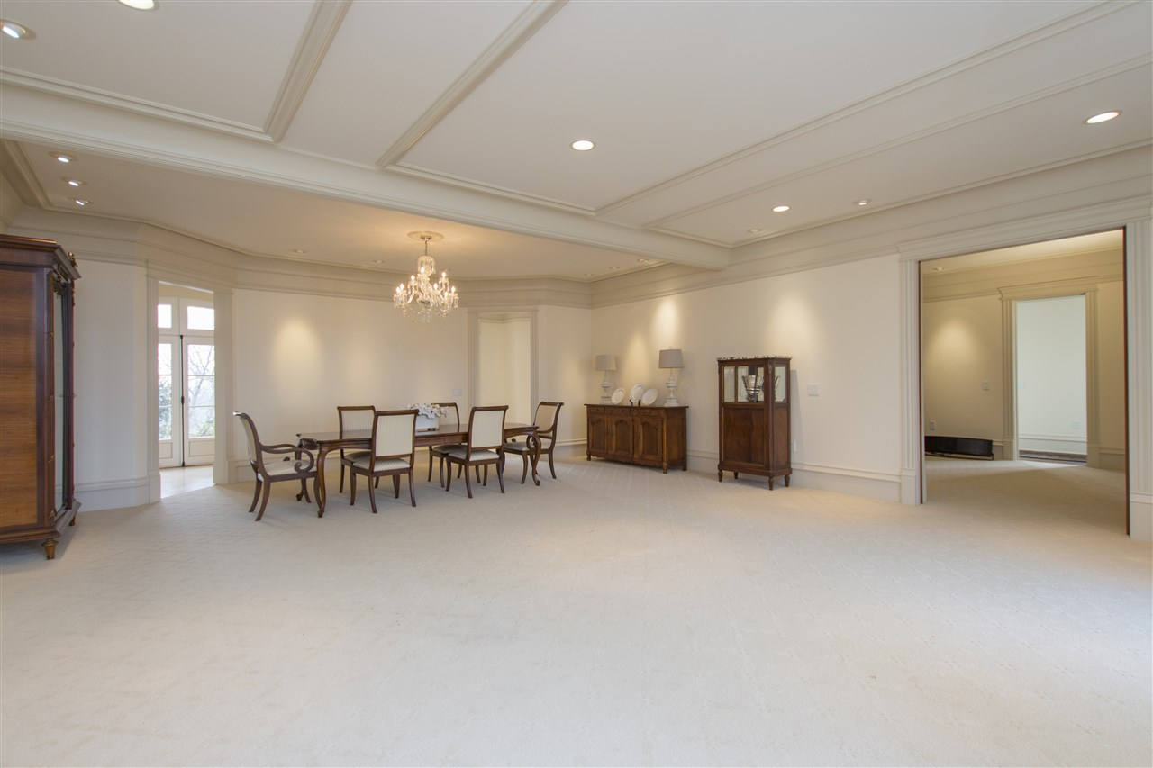 FORMAL LIVING AND DINING