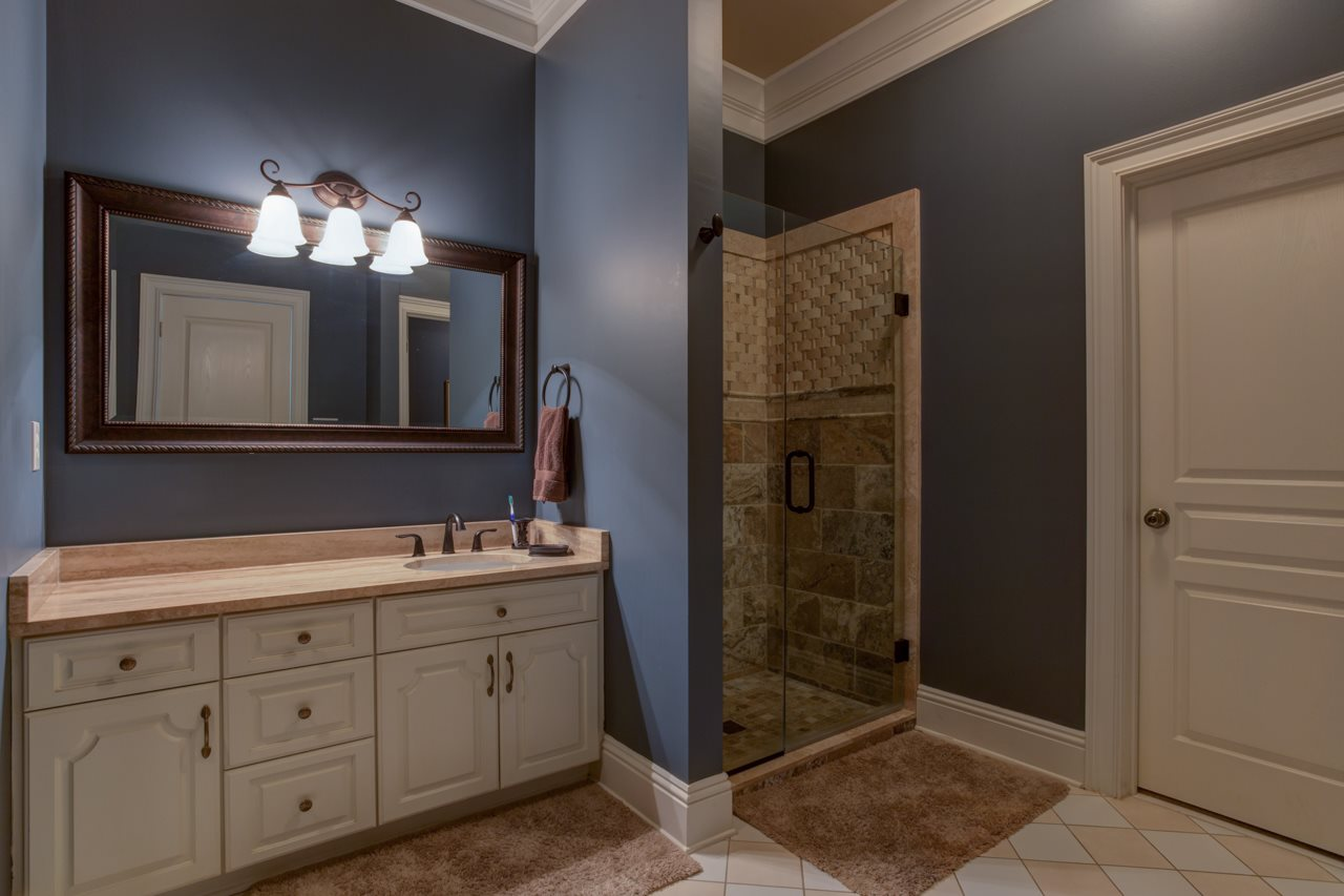 Beautifully updated private bathroom for bedroom 4
