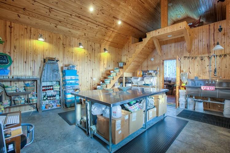 craft house work area