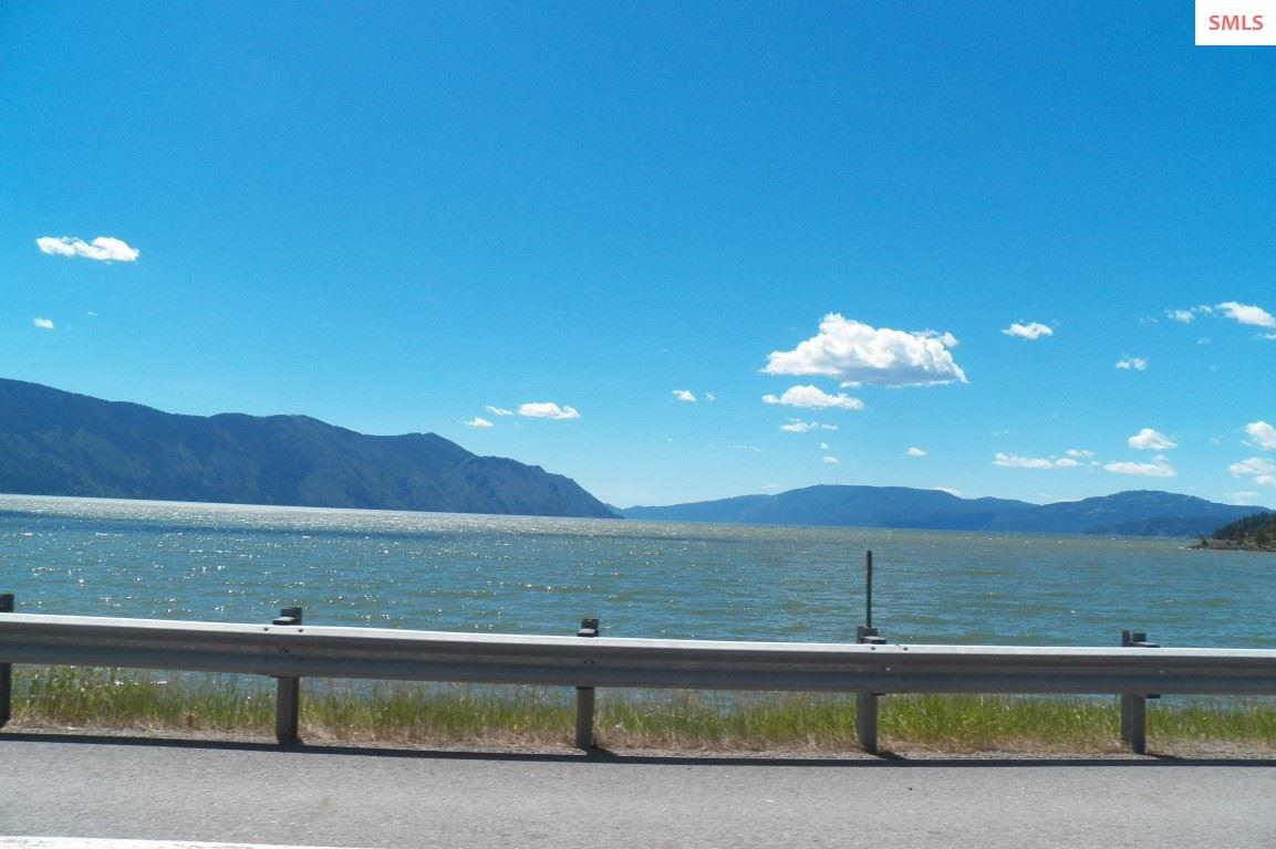 Lake Pend Oreille just minutes away