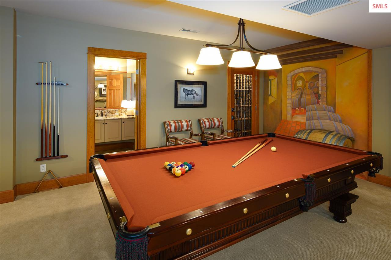 Over sized pool table