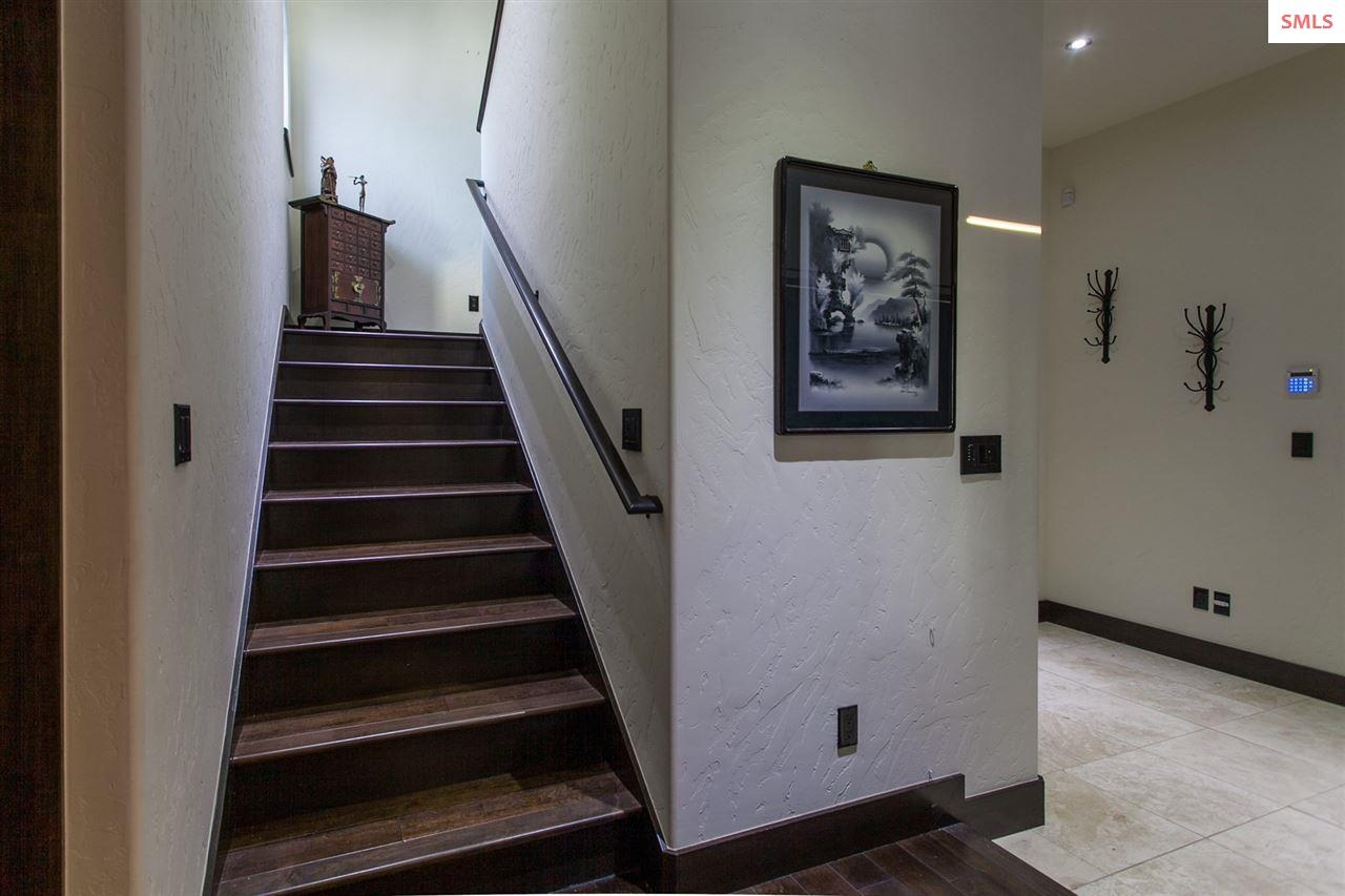 Stairway to Guest Quarters