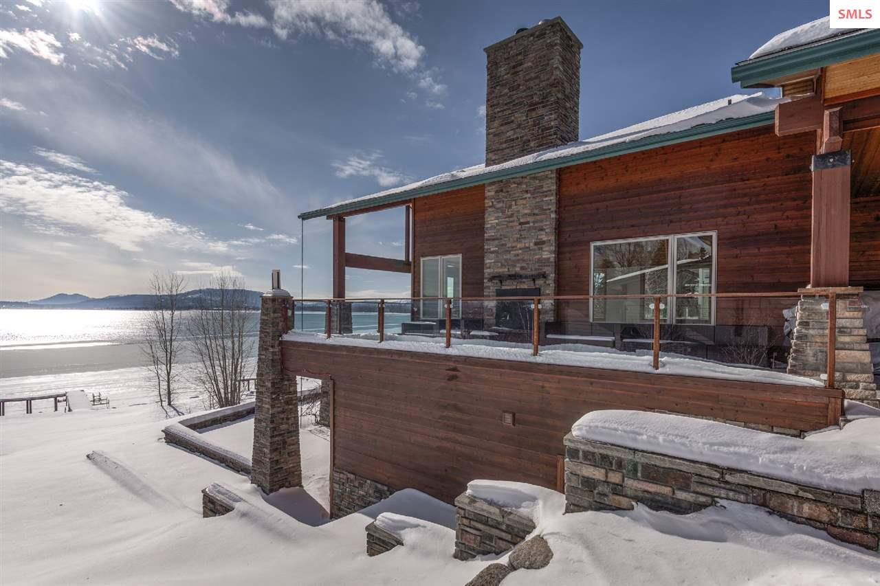 Showcases a large wood burning fireplace, ample de