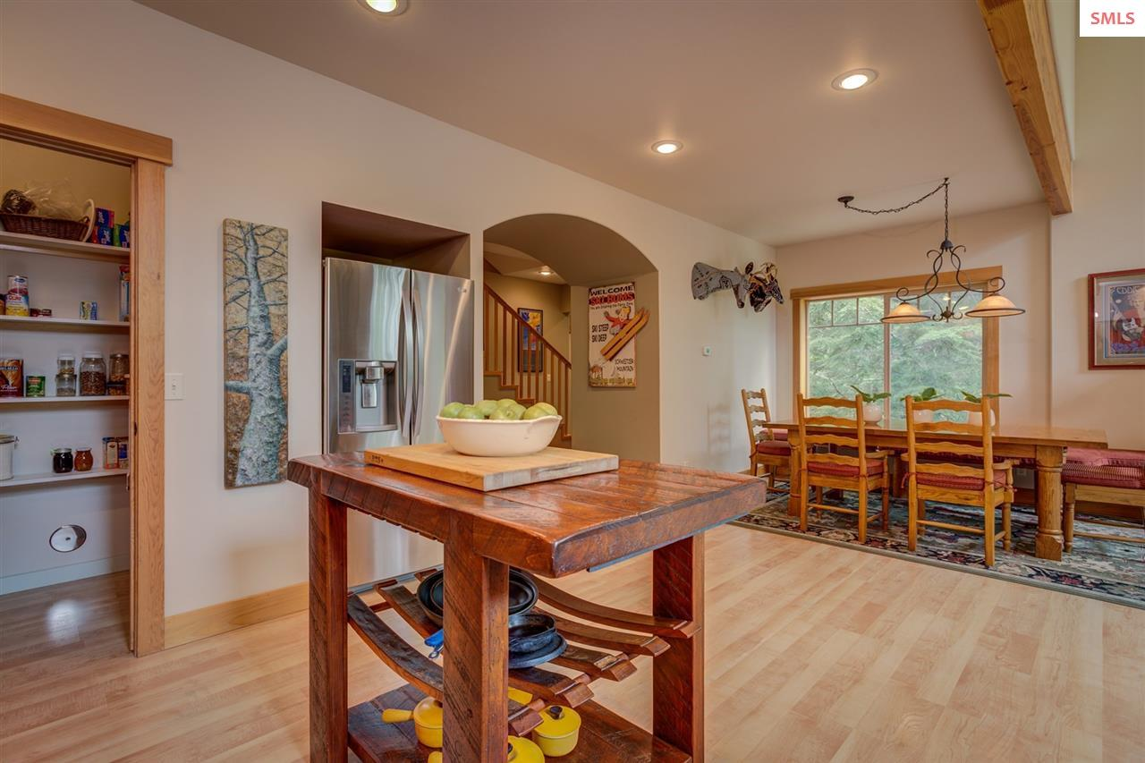 Open to the Ambiance, Recessed Lighting