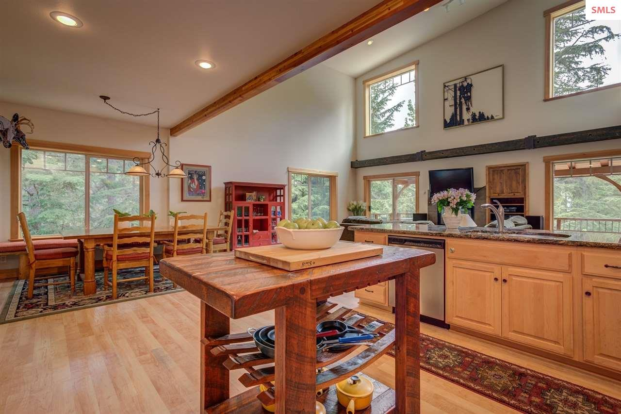 Open Concept Floor Plan with Room for All