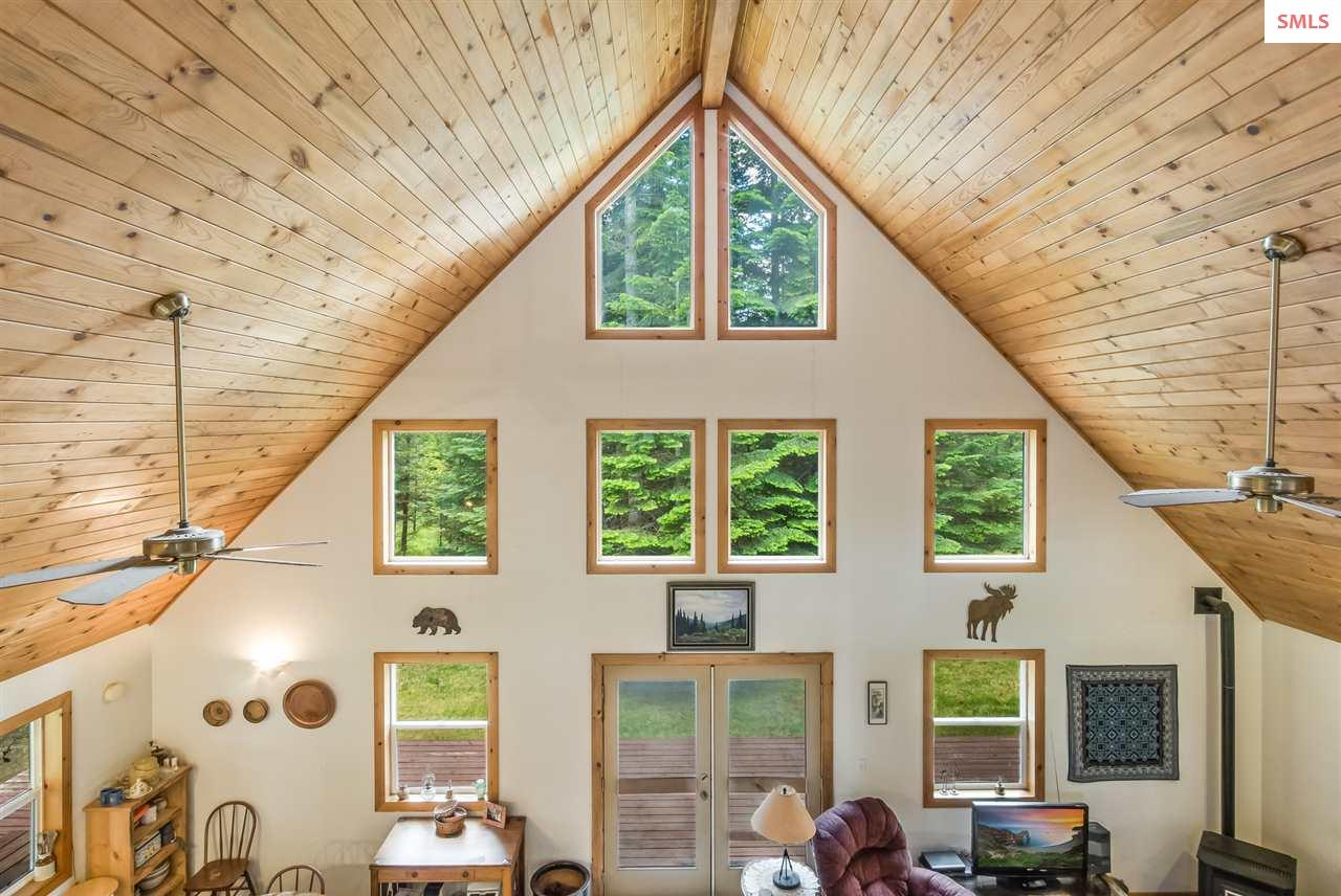 Beautiful tongue and groove wood ceiling.