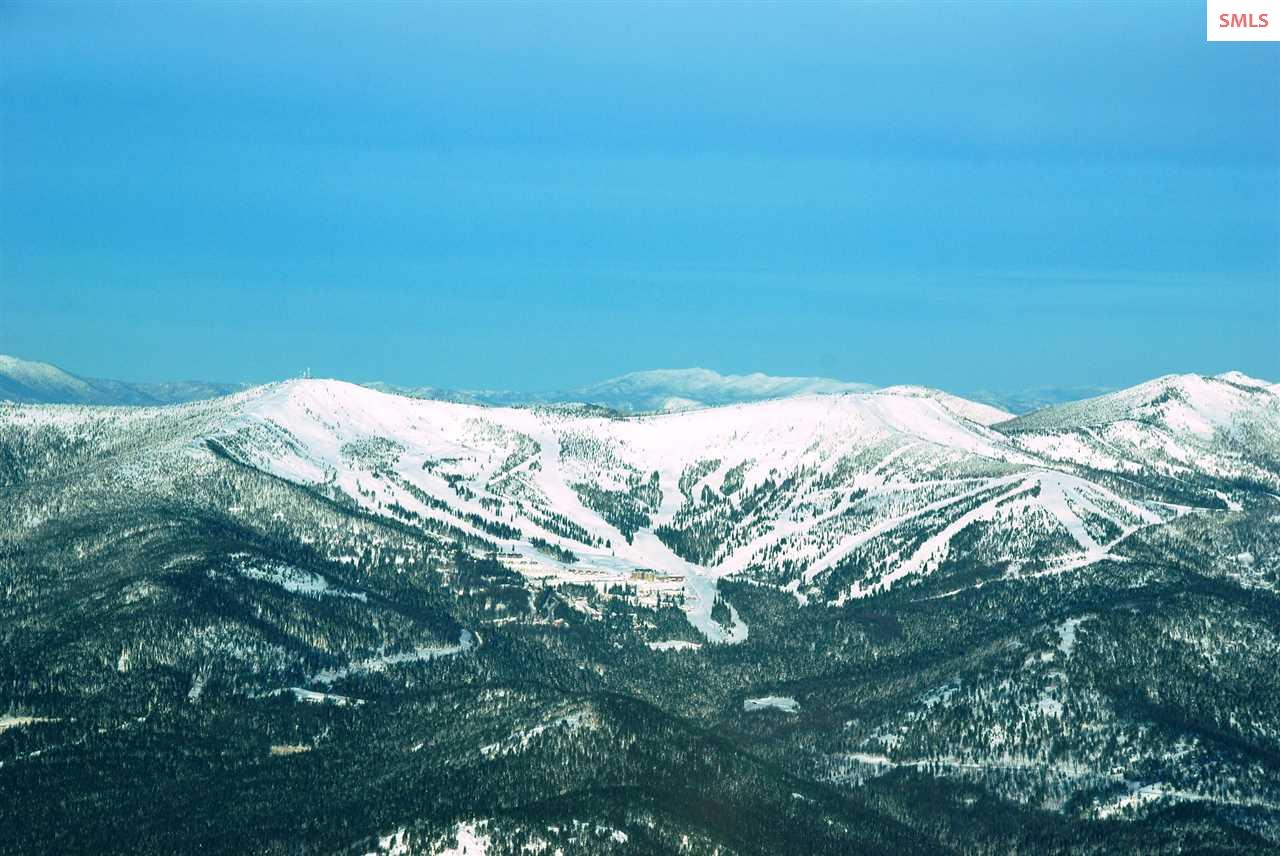 Photo Courtesy of Schweitzer Mountain Resort.
