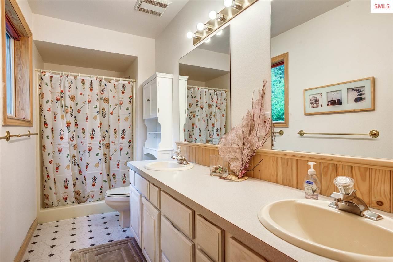 Dual vanities, walk in shower