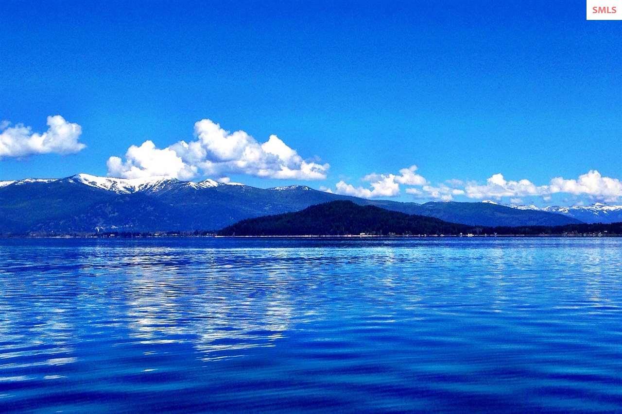 A Beautiful Mountain...A Beautiful Lake