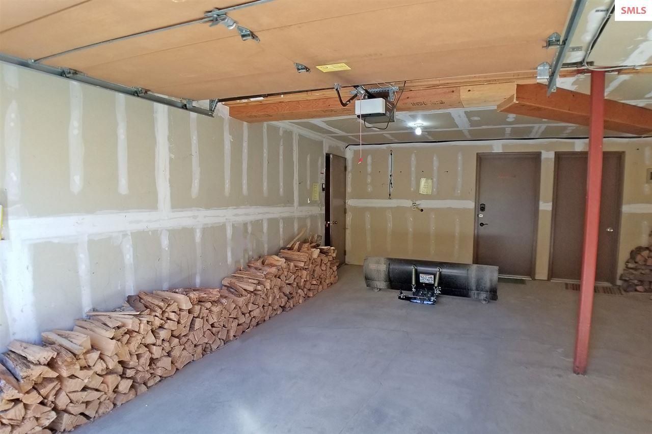 Heated garage with storage