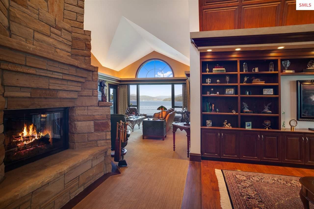 Artistically designed living areas with quality de