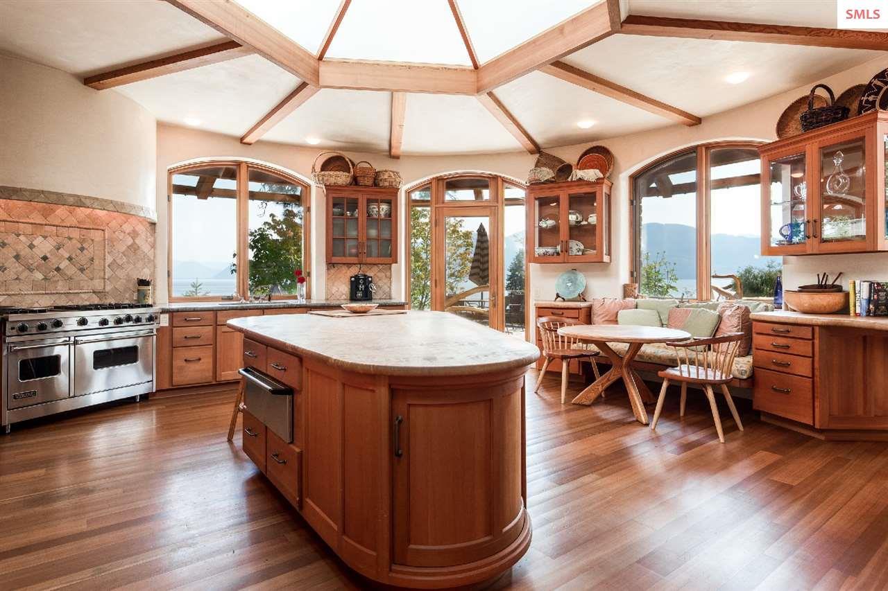 A circular kitchen - as stunning as it is efficien