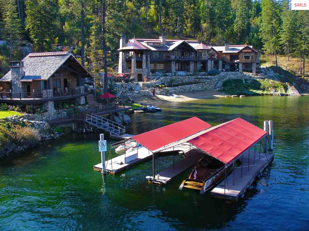 2 bedroom guest house and 2-slip private boat dock