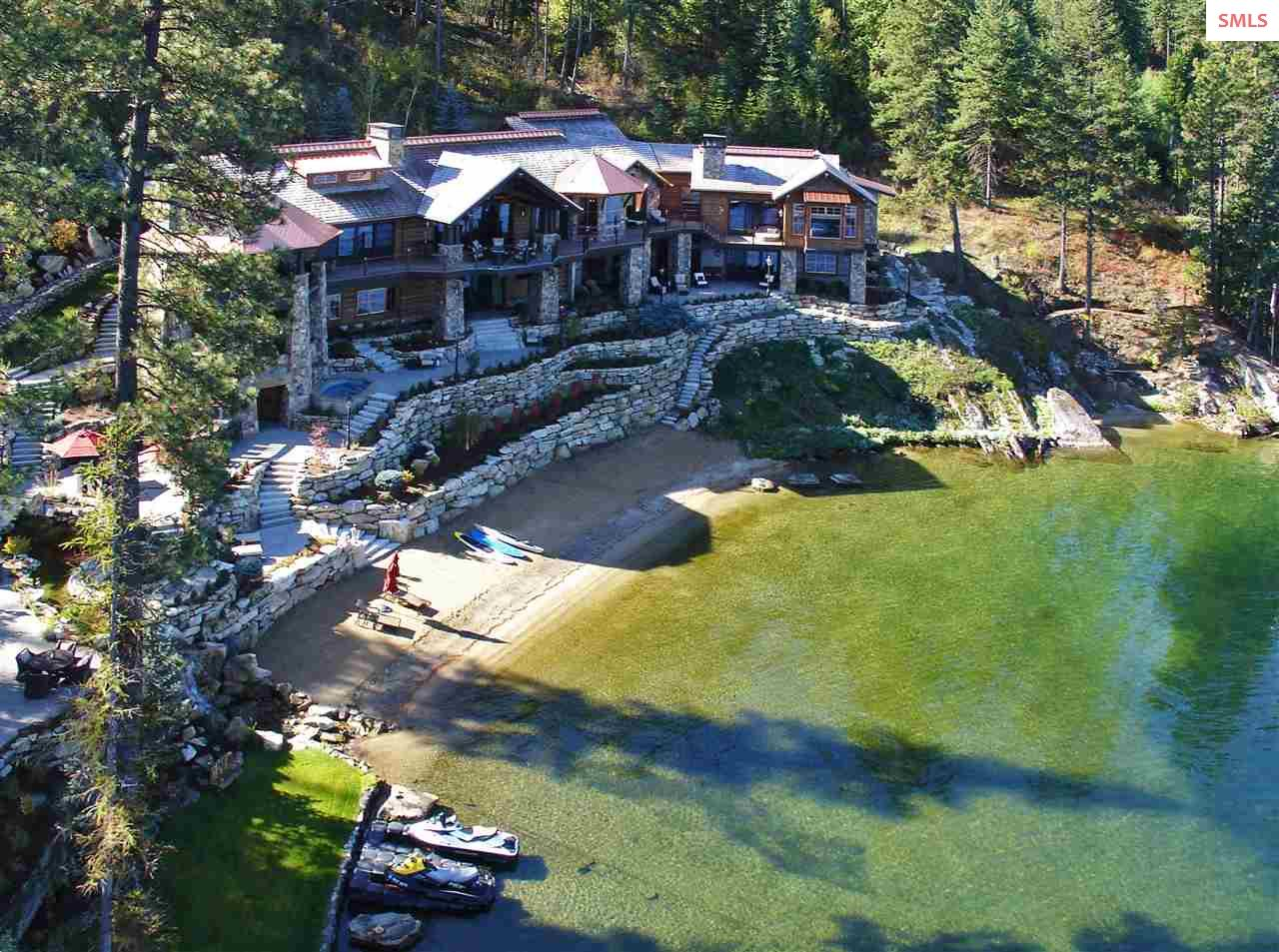 738\' of prime sandy beach frontage on Lake Coeur d